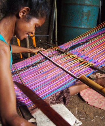 Tais Weaving